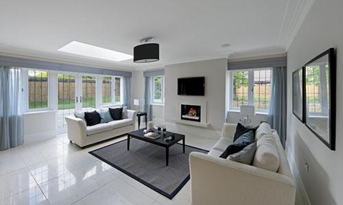 phòng khách với thiết kế trần thạch cao phẳng đẹp